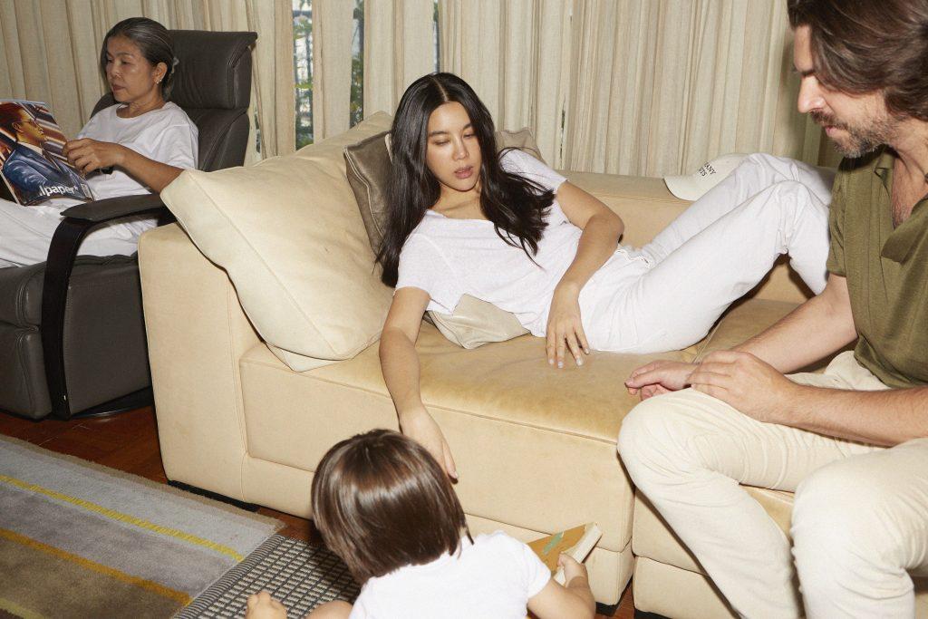 To_TheMoon_Honey_WANNASIRI_Mamma_Profile_Travel_With_Kids_Bangkok_Style_Asian_Milano_Designer_Stlish_Mom_Pregnant_