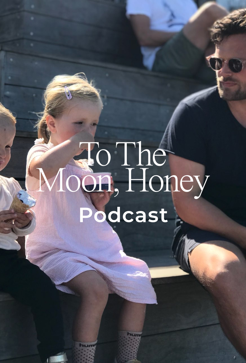 To_the_moon_honey_podcast_per_holm_