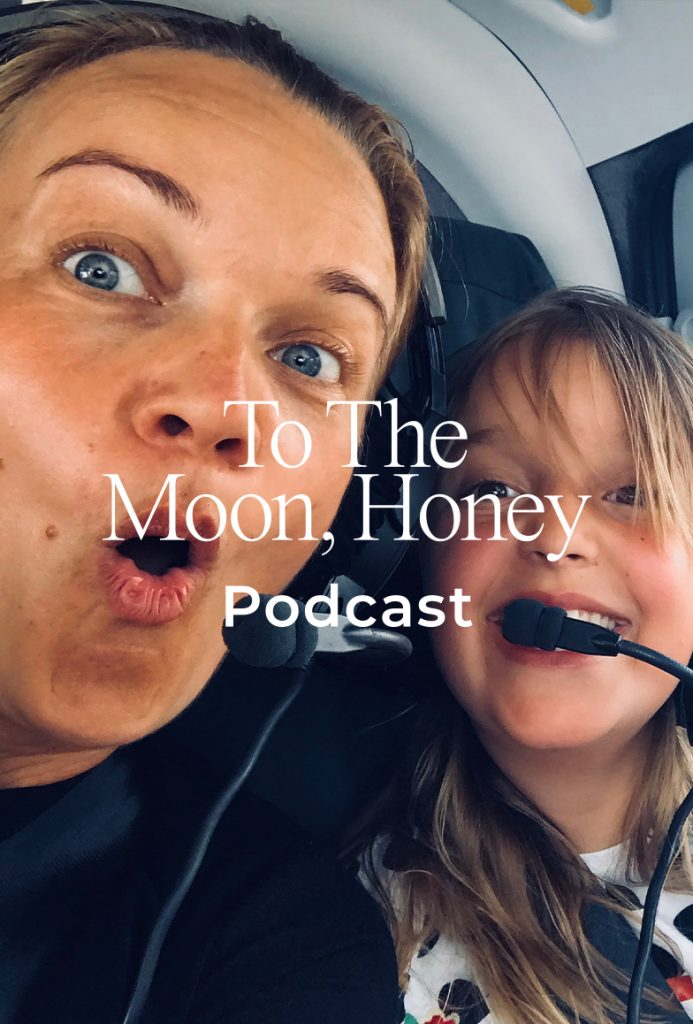 To_the_moon_podcast_deleboern_julie_ralund_panelsnak_