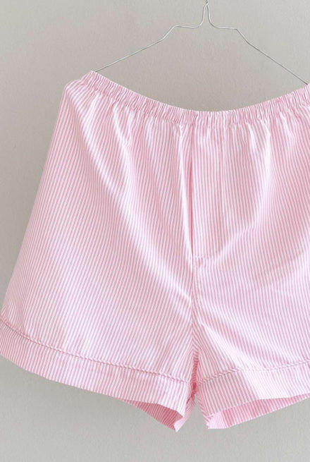 On cloud nine shorts